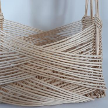 Basket zarzo in white wicker, magazine rack