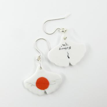 Boucles d'oreilles Gingko rouge