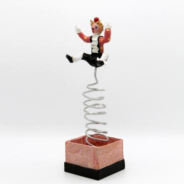 Sculpture en papier Yoyo, le clown surprise