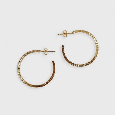 Hoop earrings martelées