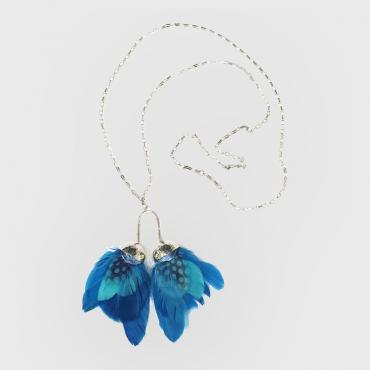 Collier wings bleu