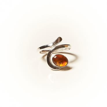 Ring Silver with Amber 2