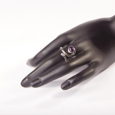 Ring Silver with Amethyst 2