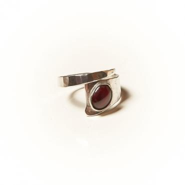 Ring Silver with Garnet 3