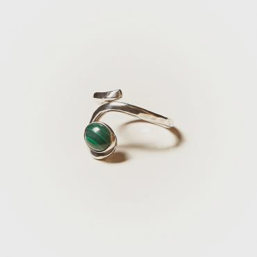 Ring Silver with Malachite 2
