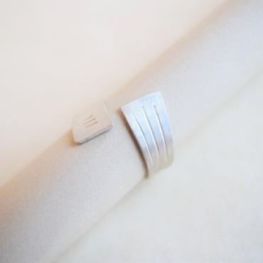 Adjustable ring in SIlver Trio