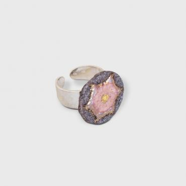Ring étoile light pink in enamelled lava and touches of gold