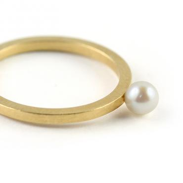 Ring Yellow Silver-gilt freshwater Pearl