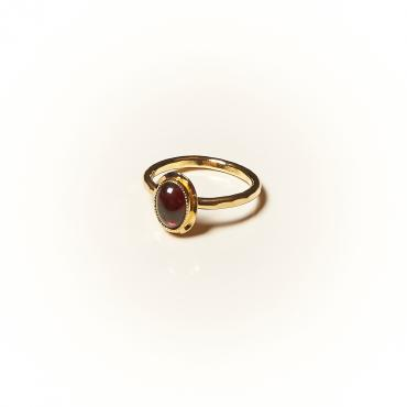Ring Gold-plated with Garnet