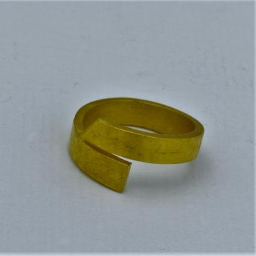 Bague ruban or