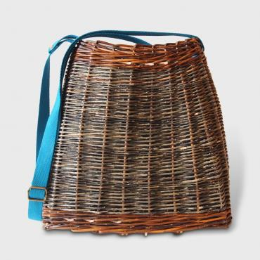 Messenger bag in osier with a turquoise cotton strap