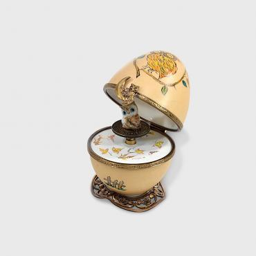 Music box beige owl