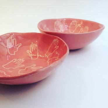 Set of 2 pink bowls