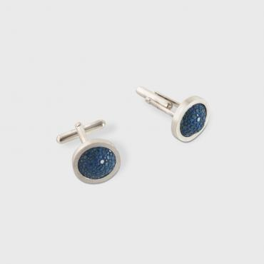 Cufflinks in silver and blue shagreen