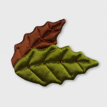 Brooch collection FEUILLAGES 2 Feuilles Houx Green Brown