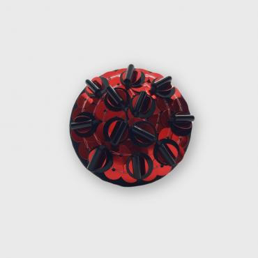 Broche aimantée Nigelle Rouge