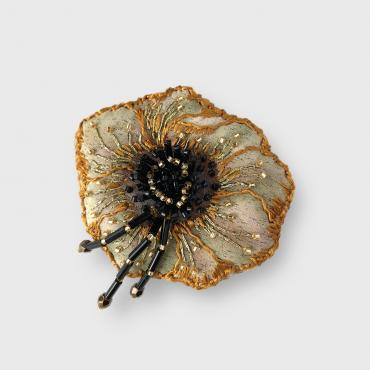 Brooch Anémone Gold and black