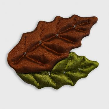Brooch collection FEUILLAGES 2 Feuilles Houx Brown Green