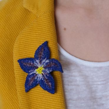 Broche Fleur Bleue (S) - collection Blue mood
