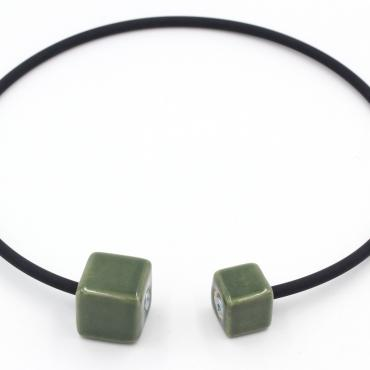 Necklace Cubic