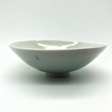 Small bowl in celadon porcelain