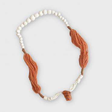 Collier Calcite