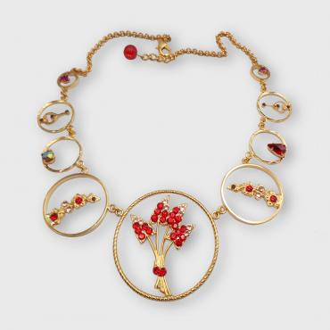 Collier fleuri rouge