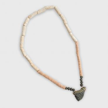 Collier Rose pâle