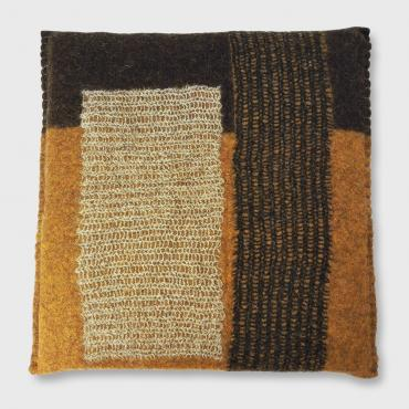 Cushion in felt, square Ochre Yellow/Black