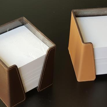 Paper cube in leather
