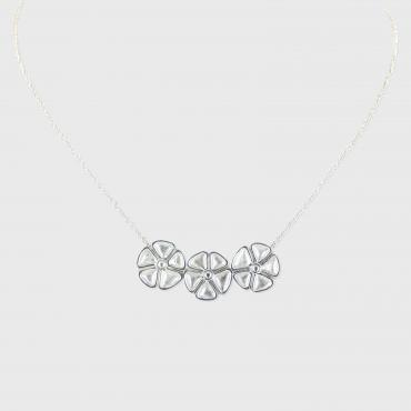 Collier trois fleurs Sakura Collection Garden Party