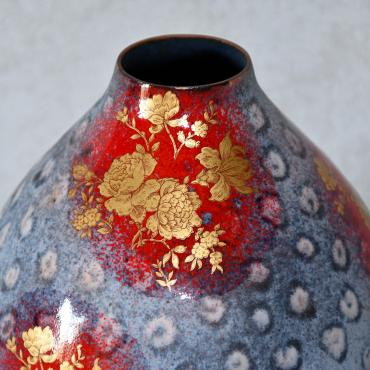 Vases aux roses d'or