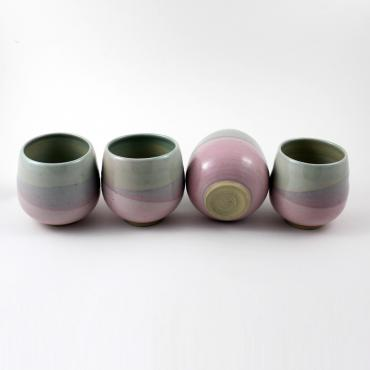 Set of 4 round cups medium celadon and pink