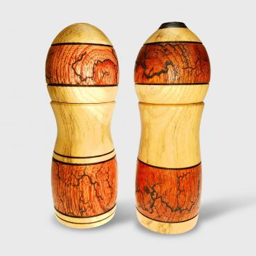 Set of two salt and pepper mills acacia et ébène