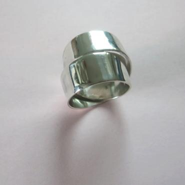 Ring Étendue polished