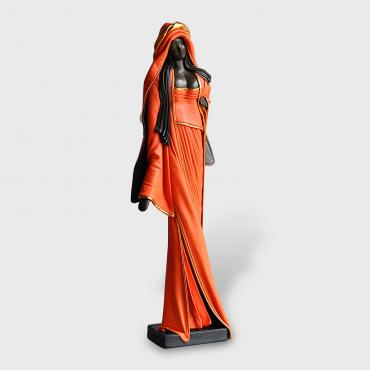 Sculpture Femme orange debout