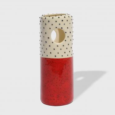 Bud vase red with black dots