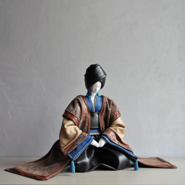 Sculpture geisha