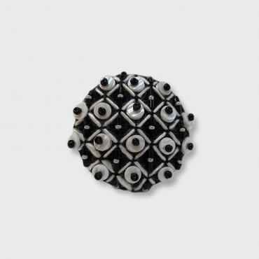 Magnetic brooch Grille Blanche