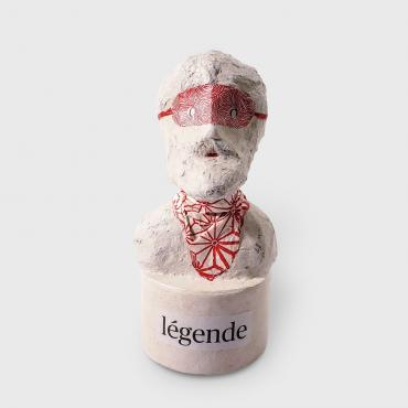 Sculpture papier Légende