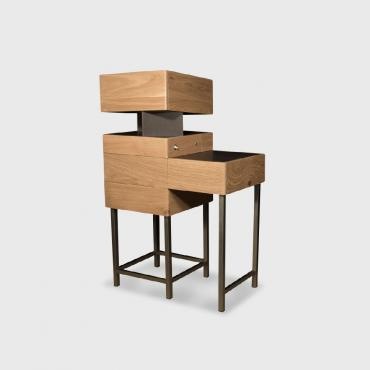 Desk with concealable work surface B1, Lilian Perlier