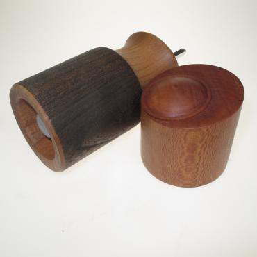 Salt and pepper mill in elm and plane tree