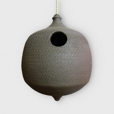 Birdhouse in black stoneware