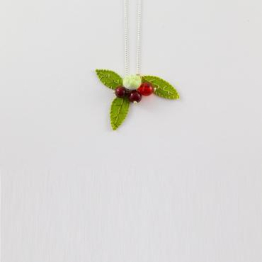 Pendant Red Berries