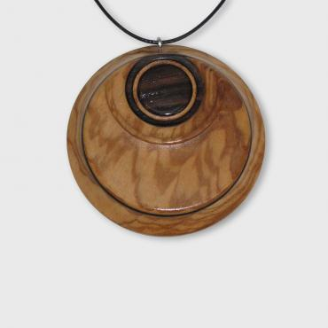 Pendant in olivewood and ebony
