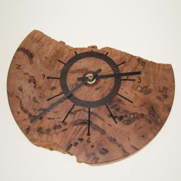 Maple mural clock