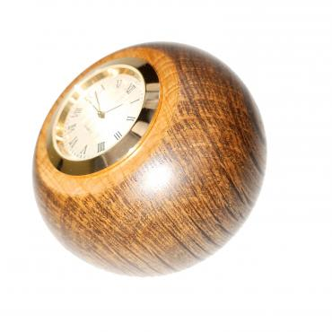Small desk clock in green oak ébonisé 2