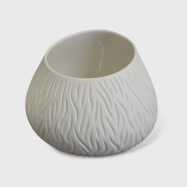 Candle holder in porcelain