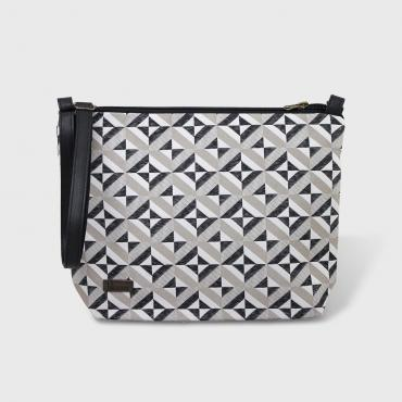 Pouch Graphique beige and black