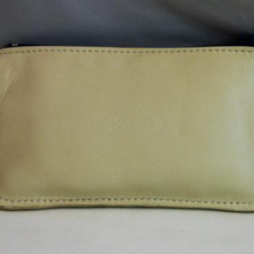 Purse with double zipper 1